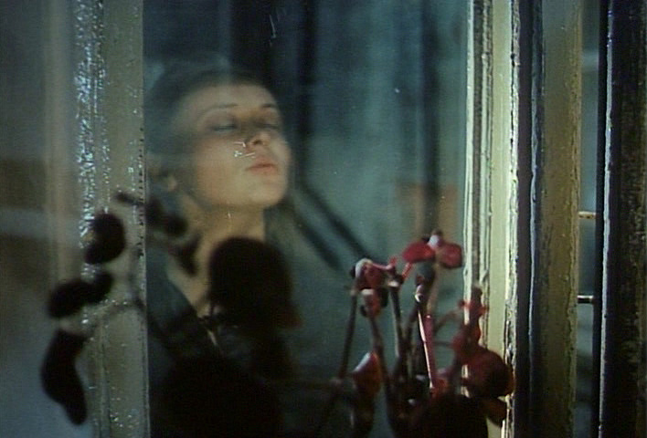 We should see the beauty in everyday occurrences for Miroir tarkovski